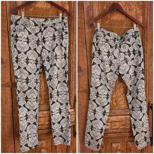 💕4 for $25💕 Black & White Jeans